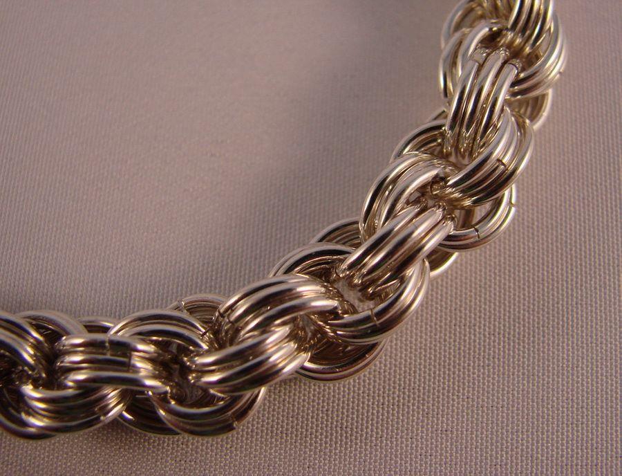 золотые цепочки на шею
